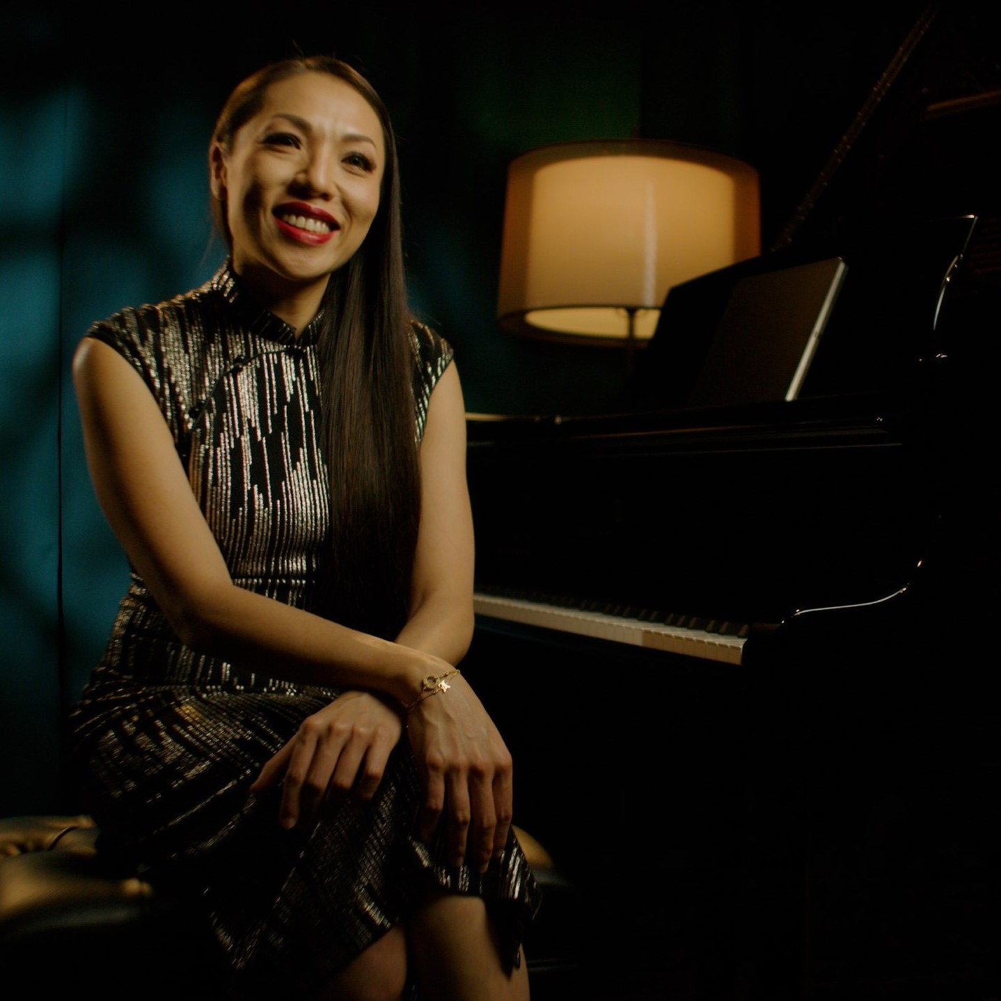 https://www.steinway-gallery.com.sg/wp-content/uploads/Nellie_Hires-square.jpg